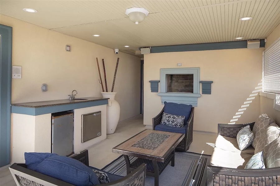 top-floor covered deck and bar