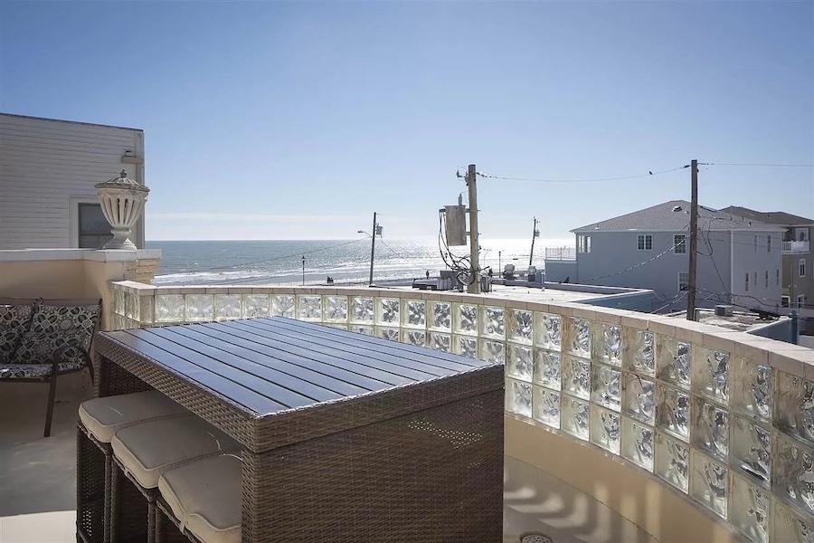 open lower deck