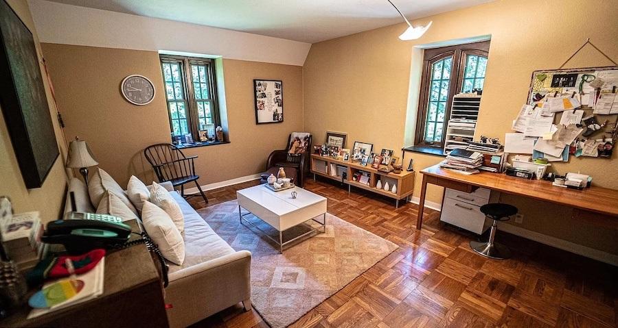 bedroom (home office)
