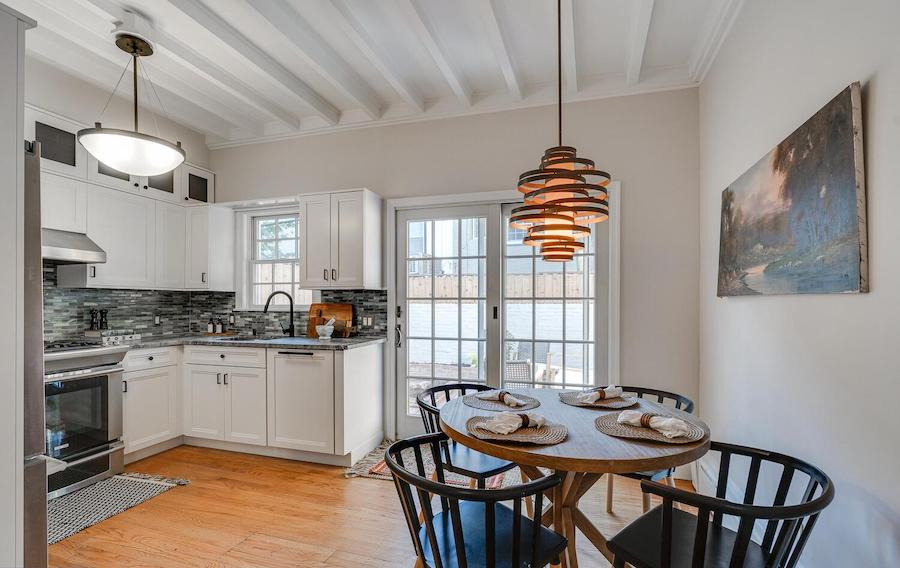 house for sale filter square extended trinity eat-in kitchen