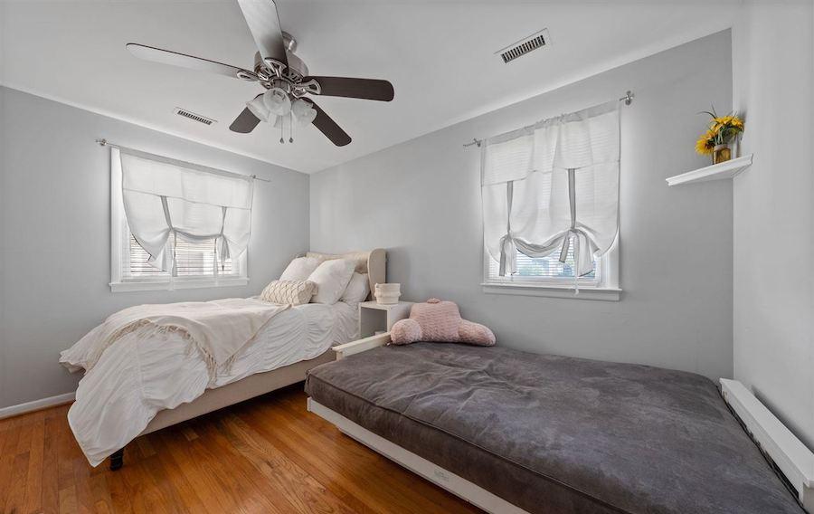 4 Granada Court bedroom