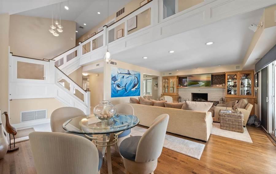 2 Granada Court living room