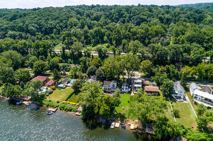 house for sale Gladwyne riverside contemporary aerial view of River Road houses