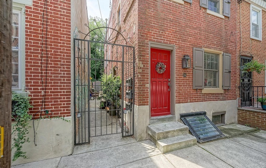 house for sale queen village courtyard trinity entrance gate