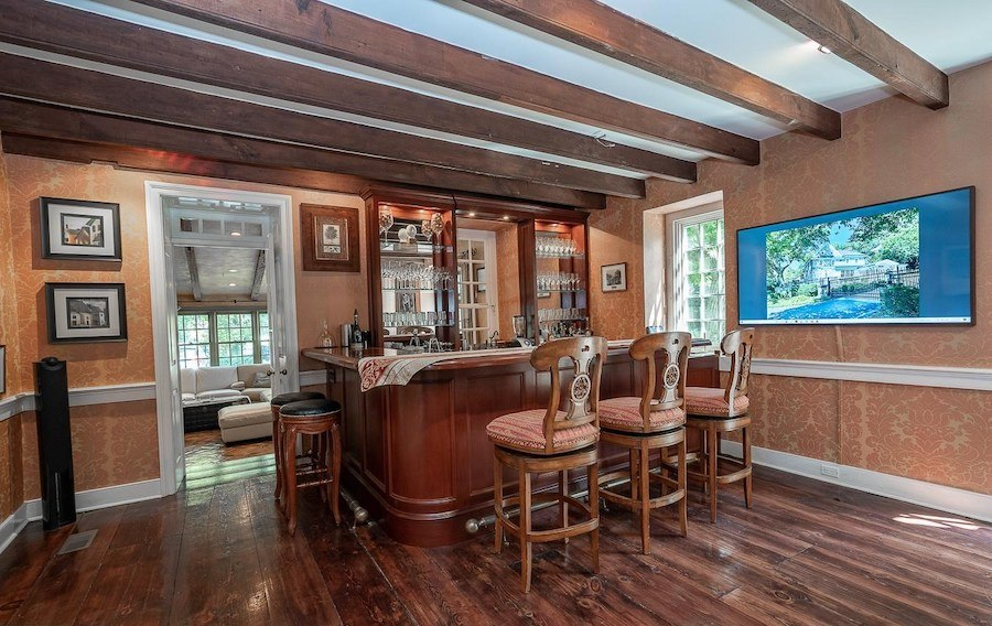 house for sale chester springs colonial manor bar