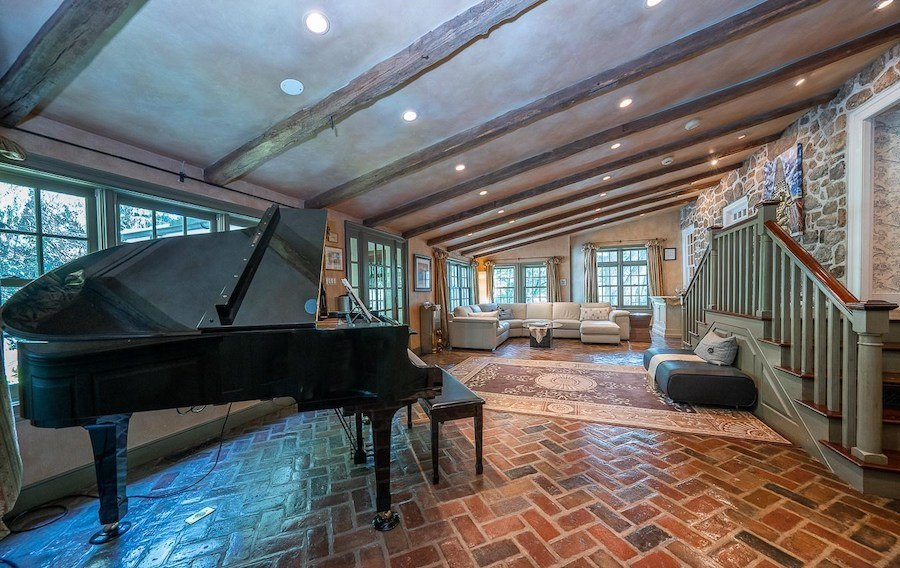 house for sale chester springs colonial manor great room