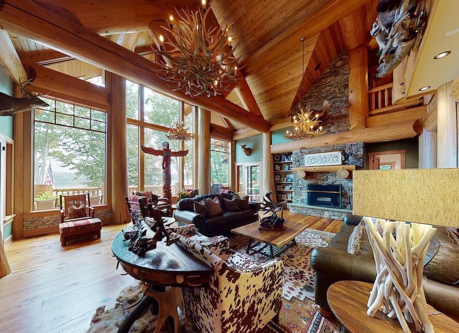 house for sale lake wallenpaupack log house great room