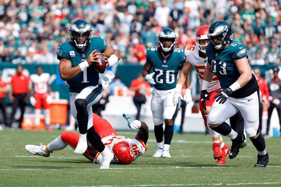 eagles quarterback