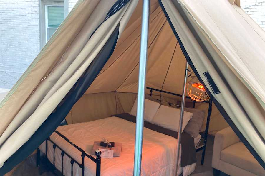 the airbnb tent on a roof in south philadelphia