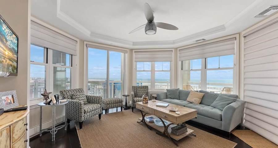 condo for sale diamond beach high-rise living room