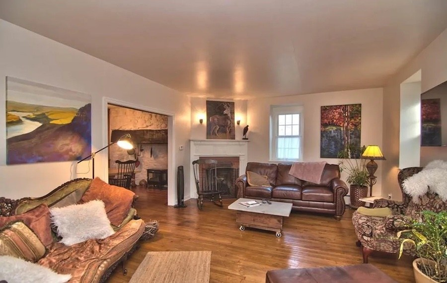 house for sale historic marshalls creek guest house living room