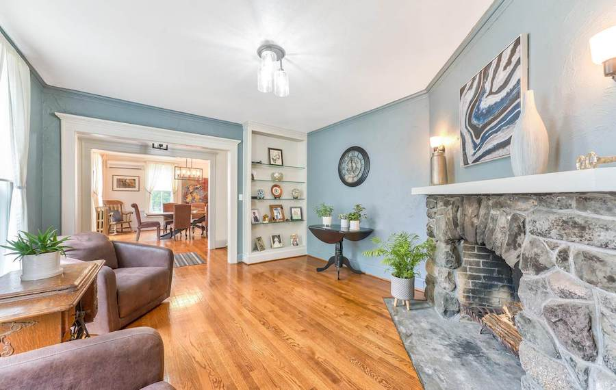 house for sale milford colonial living room
