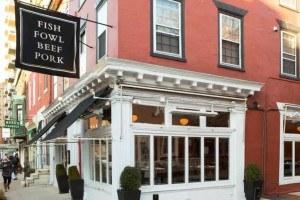 twenty manning, the restaurant where danielle foster organized a gofundme to benefit employees